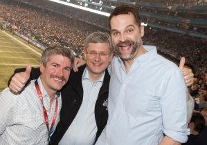 Onrait and O'Toole with the Prime Minister at last November's Grey Cup (credit: PMO/Jason Ransom)